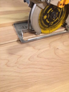 Plywood saw guide